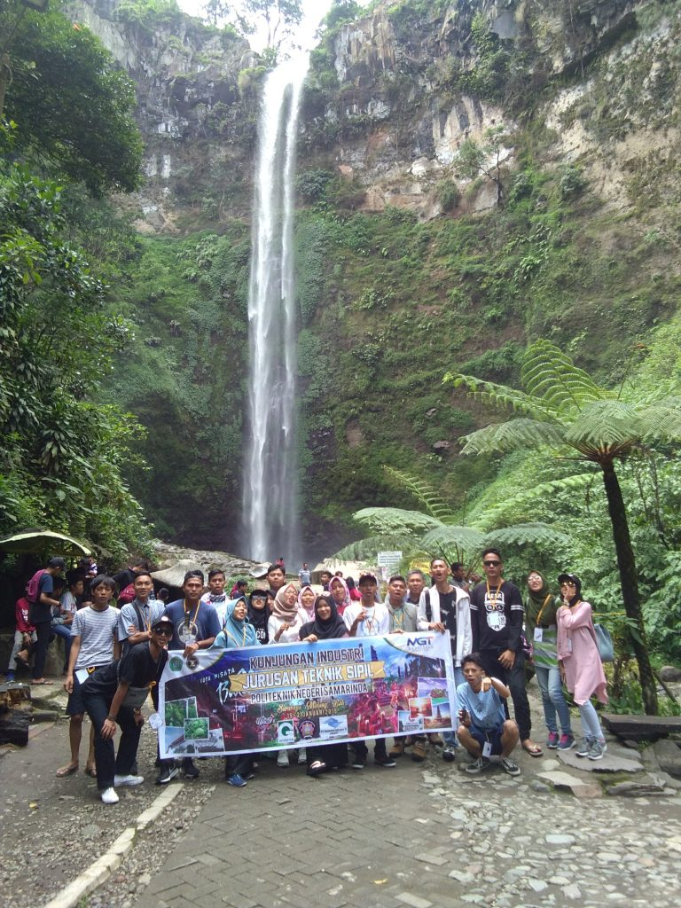 Explore air terjun malang 9D9N Explore air terjun malang 9D9N